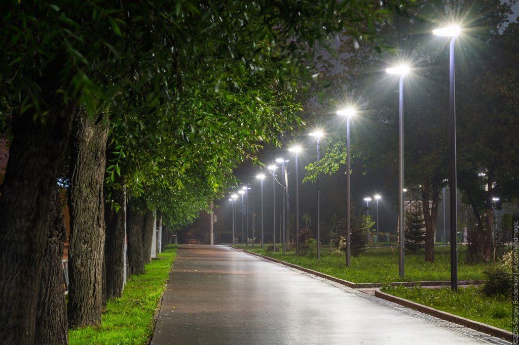 park4.png 1024x682 - Освещение и разновидности уличных светильников для парков и скверов